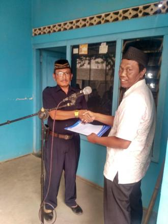 Penyerahan Akta Kematian Program Aksi Simpati Untuk Warga Donoloyo RT 003