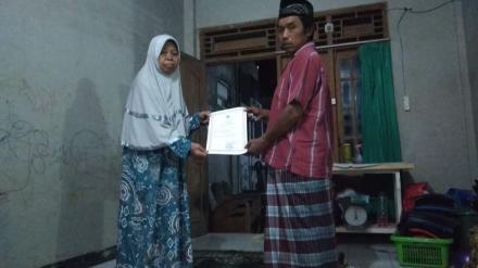Penyerahan Akta Kematian Almarhum Jumali Mangun Surono di Glagah Kidul RT 003
