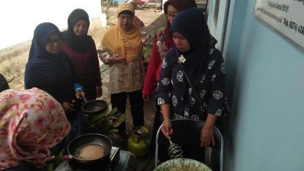 Pelatihan Memasak Yang Diberikan Untuk Menunjang Desa Prima
